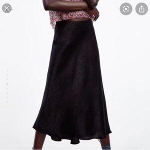 *NEW* Zara Black Satin Midi Skirt